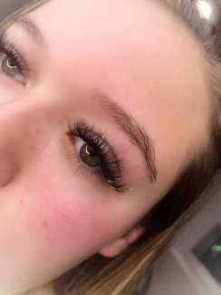golden lash extensions